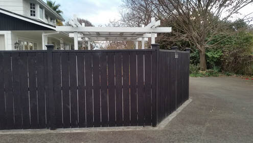 privacy fencing to keep family feeling secure in Hamilton New Zealand